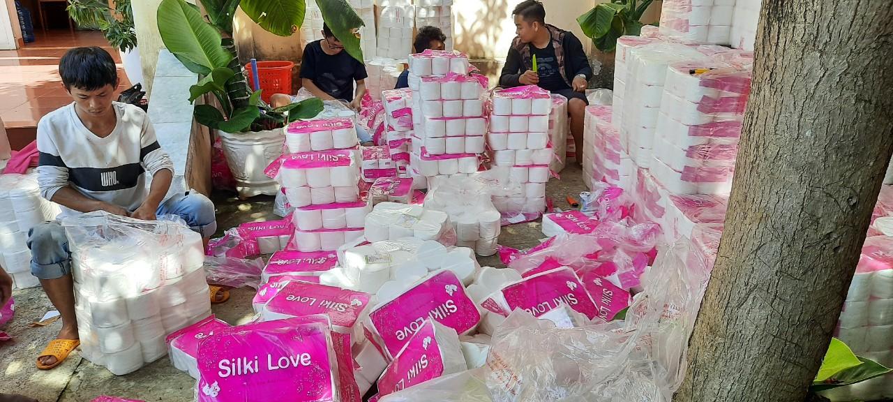 Gia Lai xử phạt 20 triệu đồng cơ sở bán giấy vệ sinh xâm phạm quyền đối với nhãn hiệu